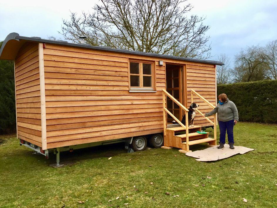 tiny houses leben im tiny house zirkuswagen. Black Bedroom Furniture Sets. Home Design Ideas