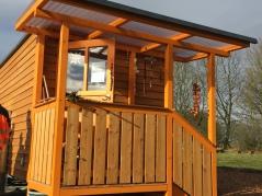 Tiny Houses Zusatzleistungen mit Treppe, WC, Deichselkasten & Innenausbau
