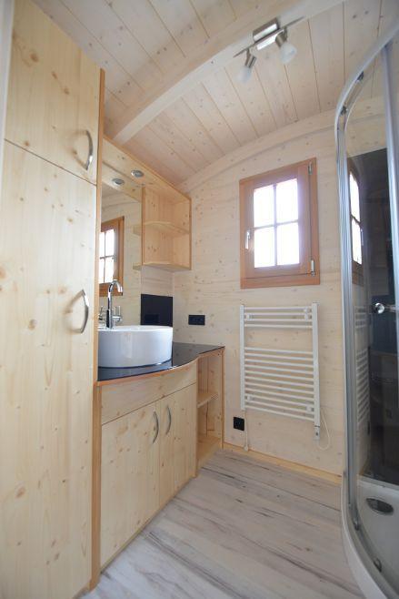 tiny house mieten miete ein mini ferienhaus. Black Bedroom Furniture Sets. Home Design Ideas