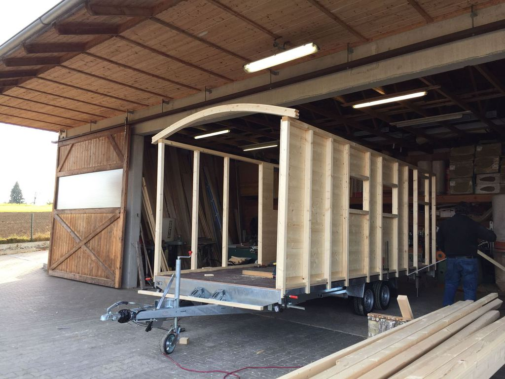 Tinyhouses Anhanger Anhanger Fahrgestelle Zum Tiny Houses Bauen