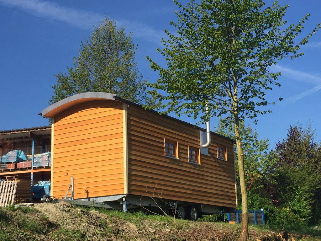 tiny house kaufen mobilhome minihaus autark. Black Bedroom Furniture Sets. Home Design Ideas