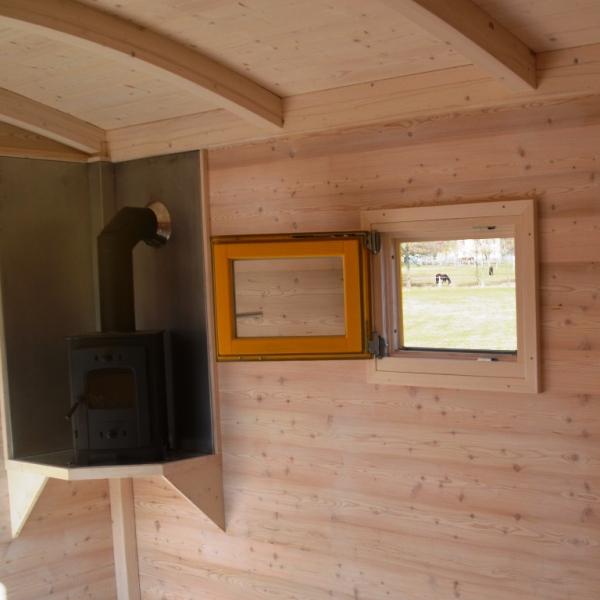 holzofen tiny houses sch ferwagen zirkuswagen. Black Bedroom Furniture Sets. Home Design Ideas