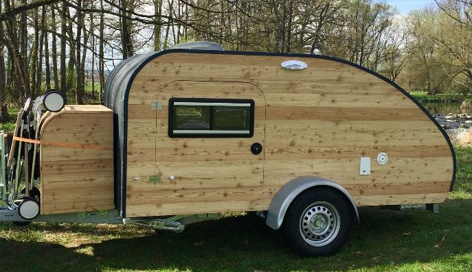 wohnwagen mieten mini caravan zum testen. Black Bedroom Furniture Sets. Home Design Ideas