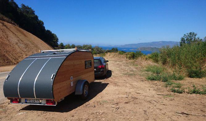 Camping Urlaub mit Wohnwagen in Korsika