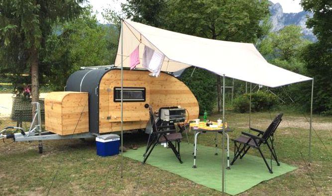 Wohnwagen Campingplatz am Mondsee in Österreich