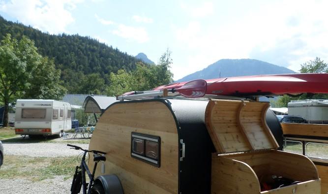 Wohnwagen Campen auf dem Campingplatz Wolfgangsee