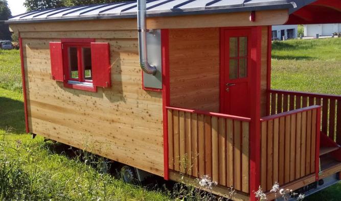 Schäferwagen mit Veranda als Reisewagen und Tiny House