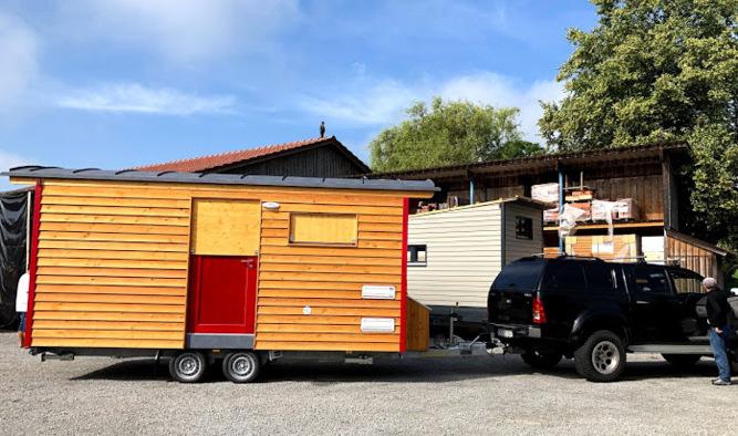 Kleines Micro Tiny House von Tiny Houses Wagenbau